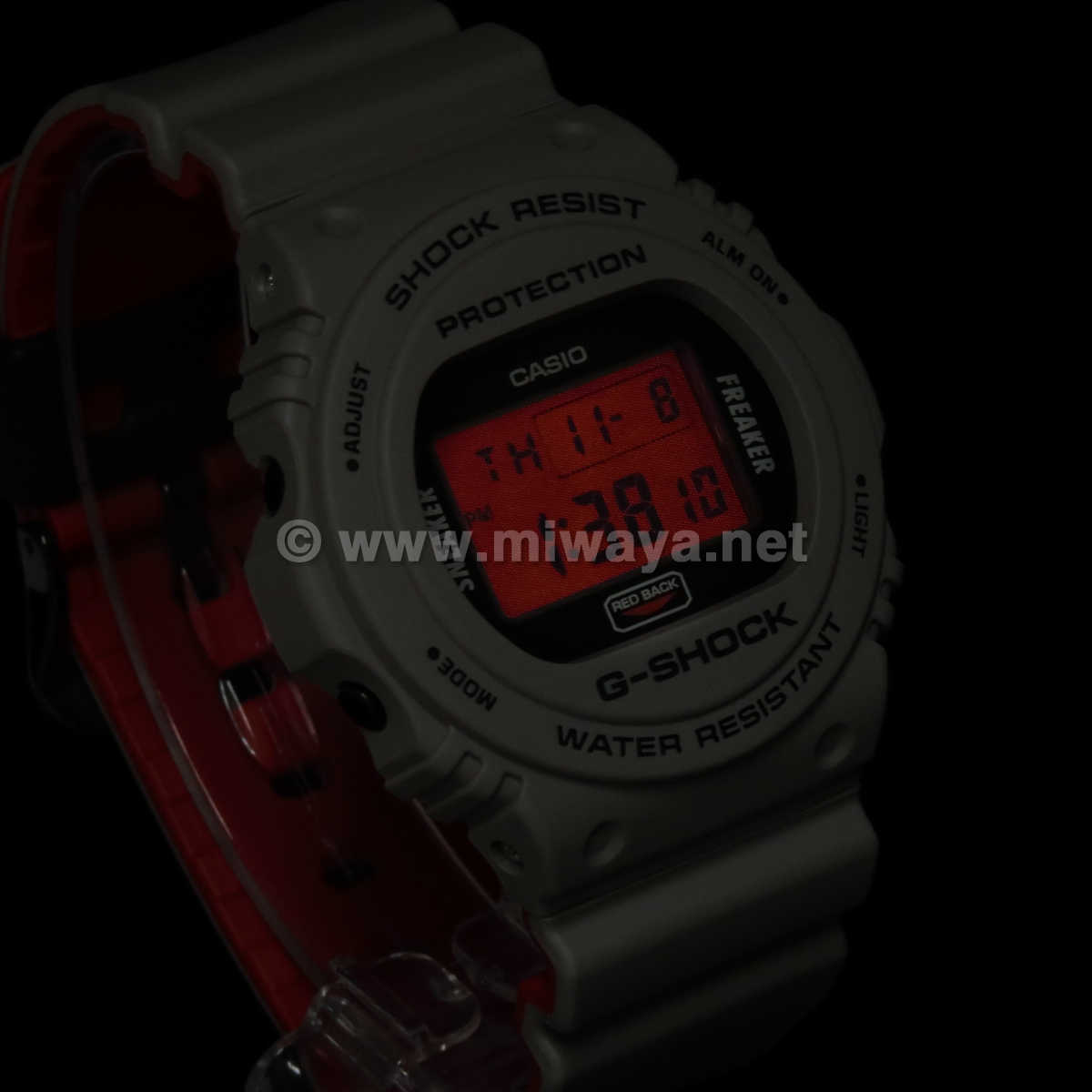 【G-SHOCK】DW-5700SF-1JR
